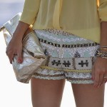 MODA – SHORTS BORDADOS