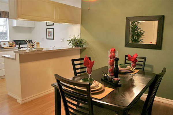Small modern dining room ideas